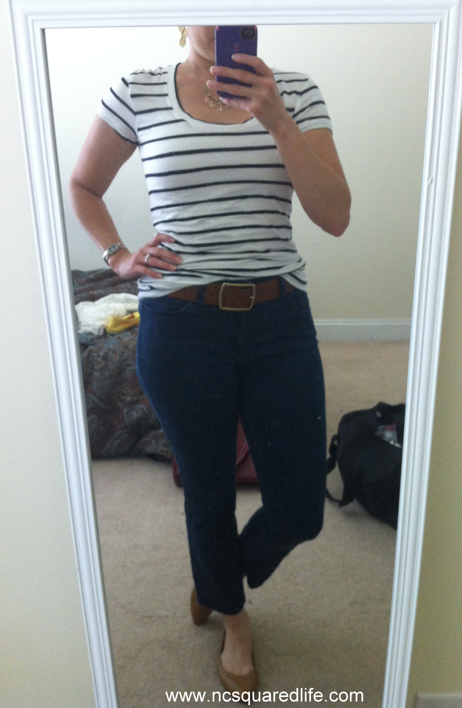 navy striped tee, cognac | NCsquared Life